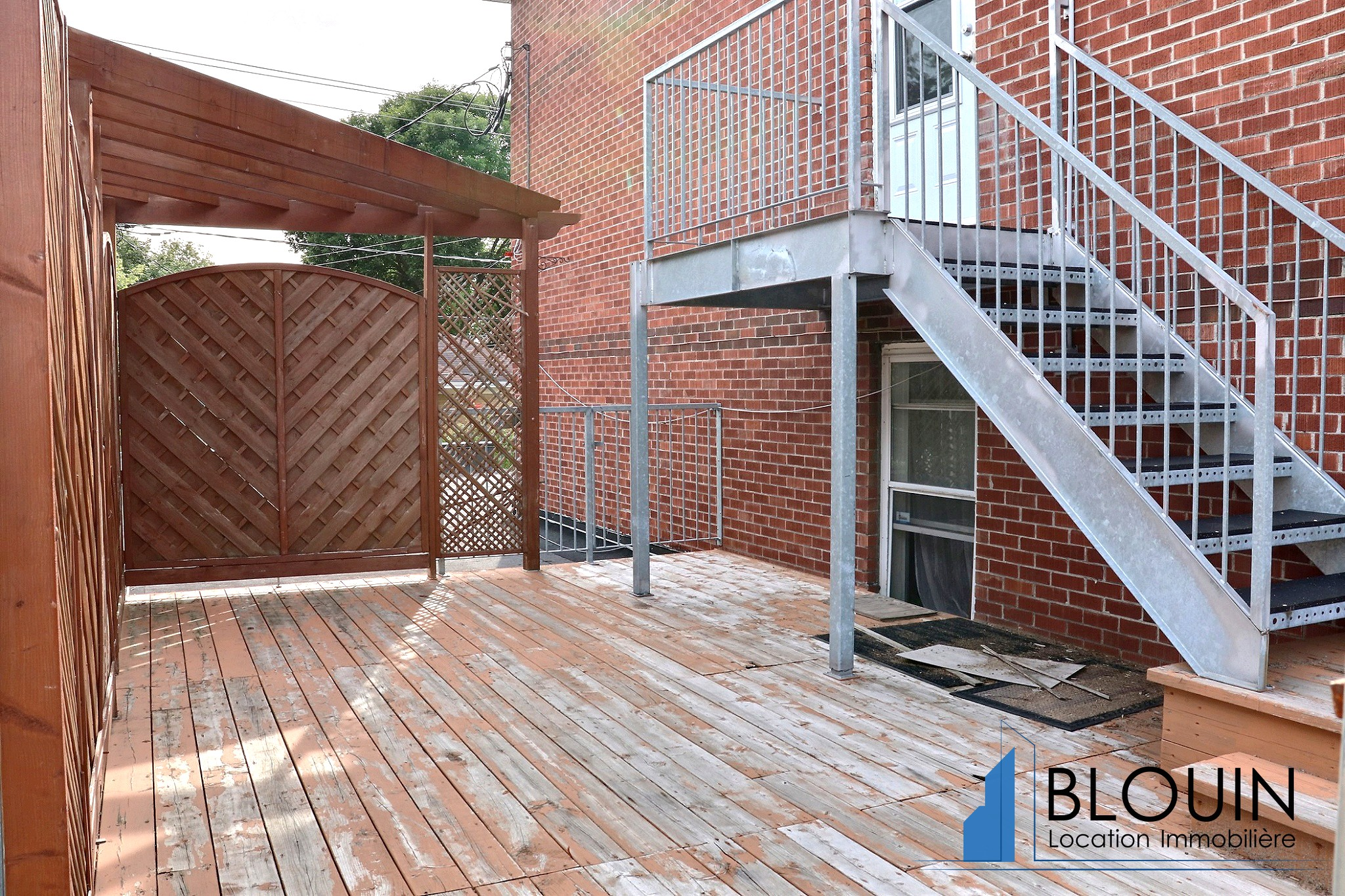 Photo 13 : Grand 4 ½ +, Libre maintenant, Grande terrasse intime, Stationnement inclus