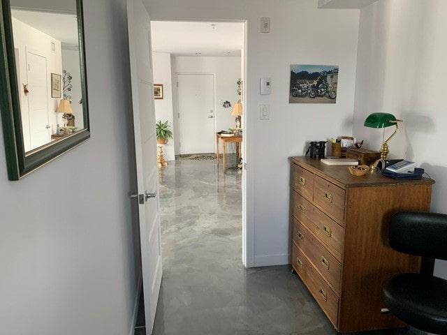 Photo 8 : 3 ½+bureau/Logements moderne/ Stationnement intérieur/Ascenseur/Belle vue