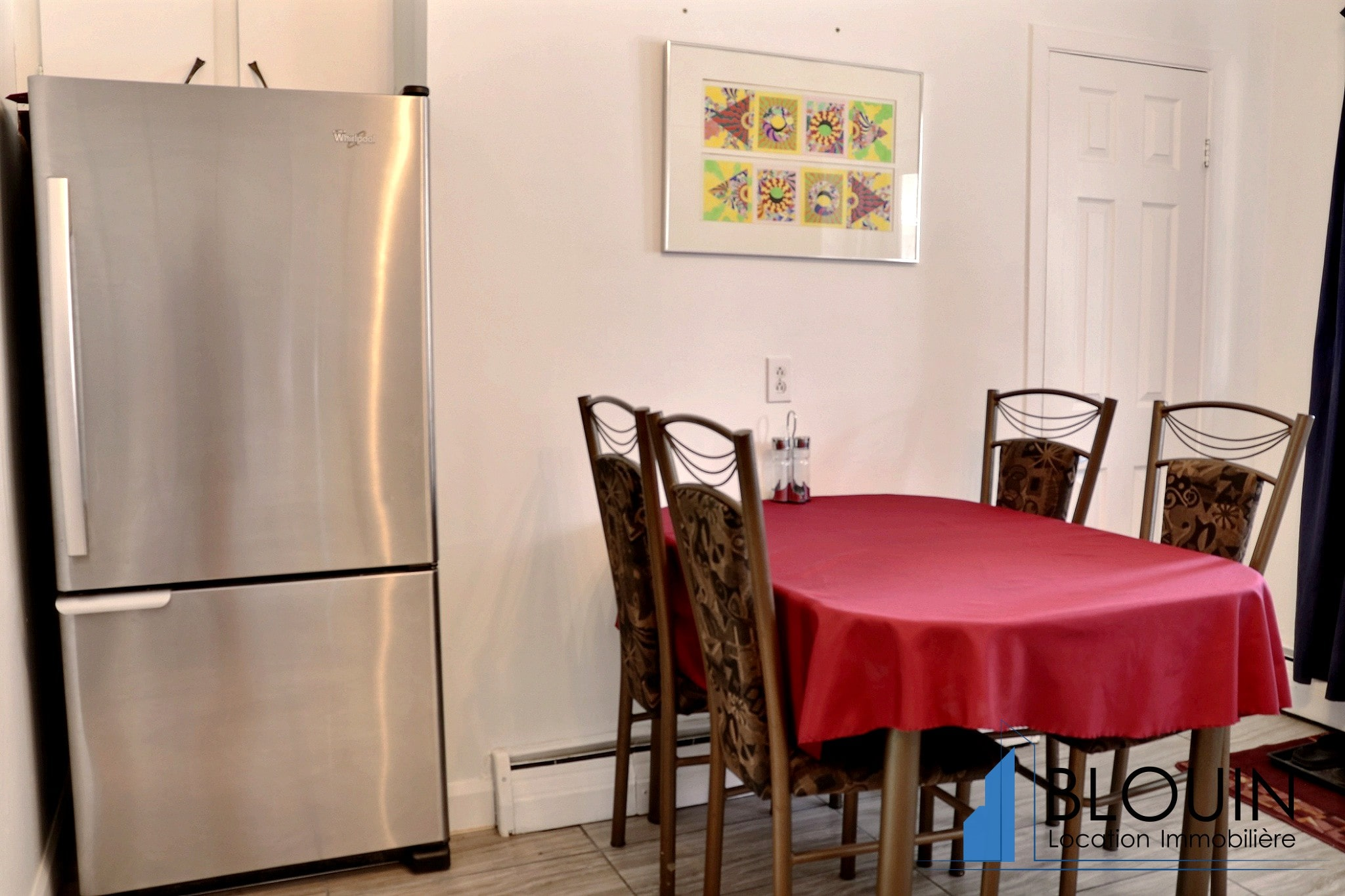 Photo 3 : 4 ½ à Charlesbourg, semi-meublé, pour Juin, Chauffage & eau chaude inclus + 2 Stationnements