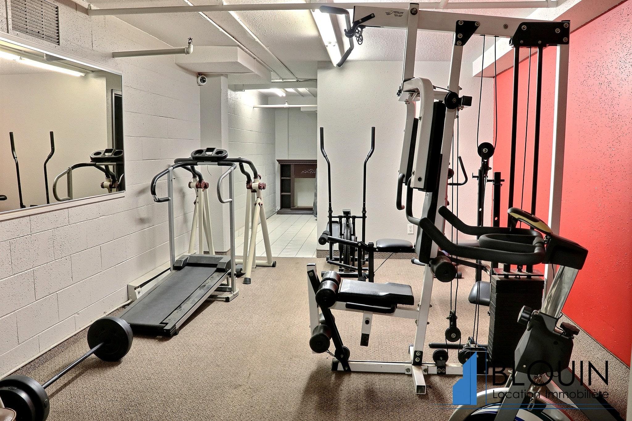 Photo 18 : 4 ½ à Charlesbourg, libre pour Novembre, Piscine + gym + Deux Stationnements