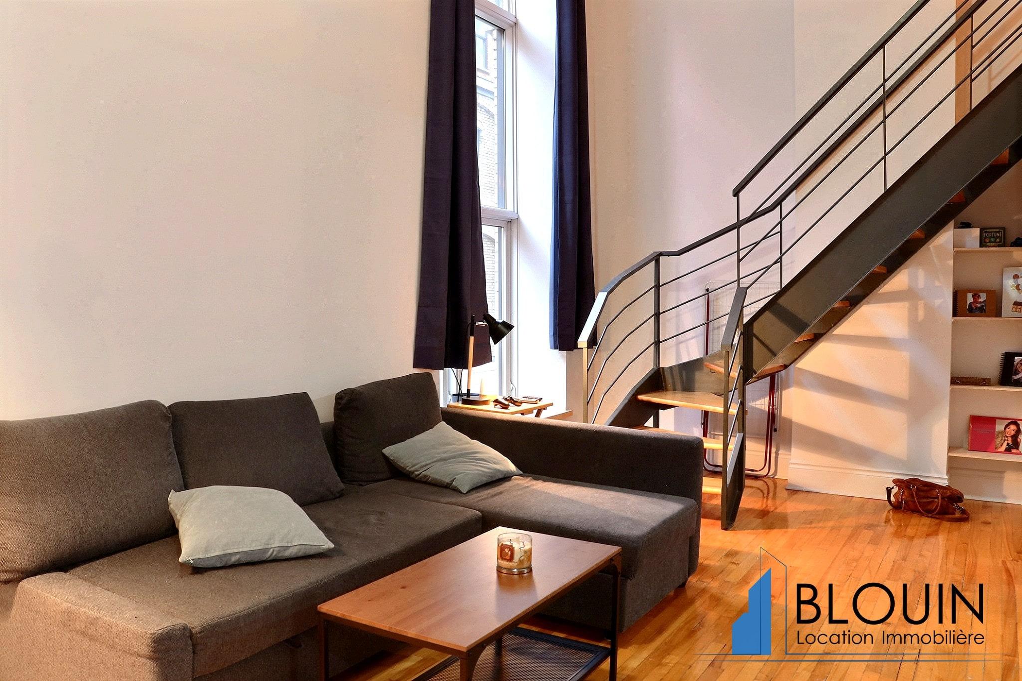 Photo 7 : Magnifique 3 ½ sur 2 étages, à St-Roch, libre pour Novembre, Semi-meublée