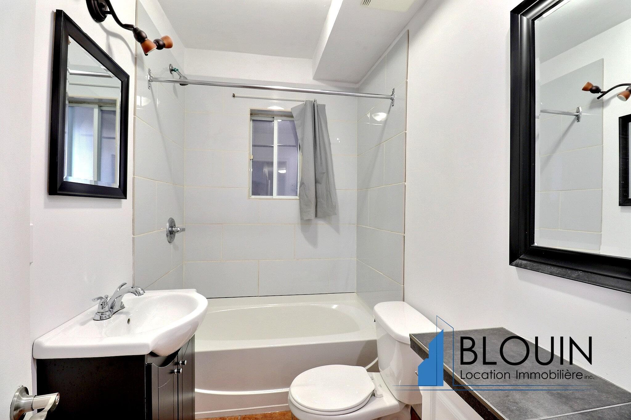 Photo 7 : 4 ½ à Limoilou, libre Maintenant, Semi-meublé + eau chaude & Stationnement inclus
