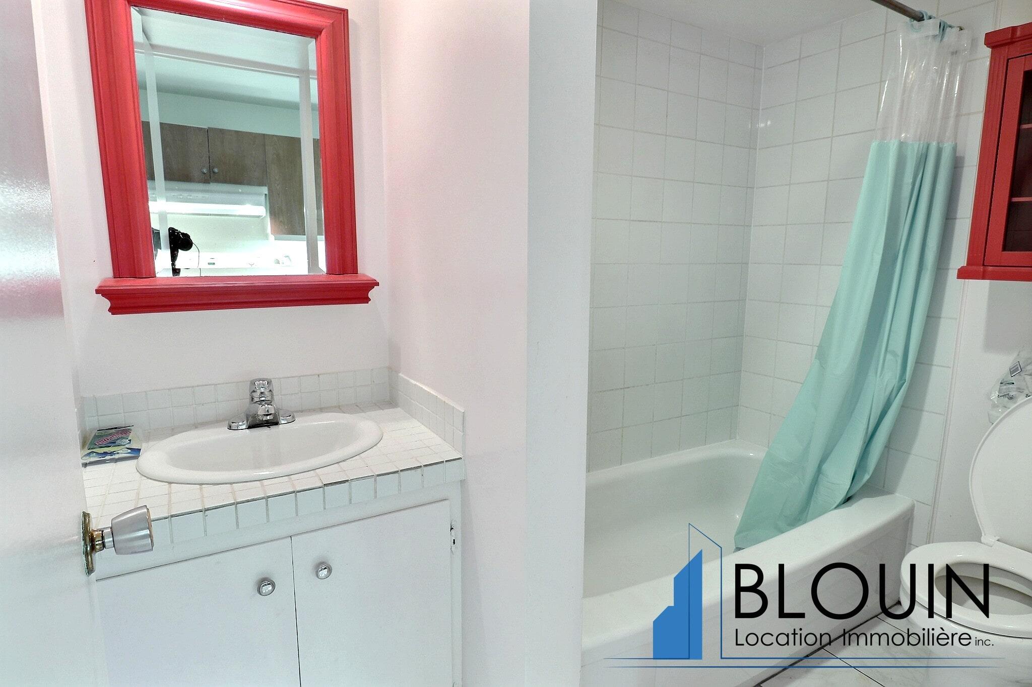 Photo 6 : 3 ½ à Montcalm, Entièrement meublé, libre pour Février, Chauffage + eau chaude + Stationnement inclus